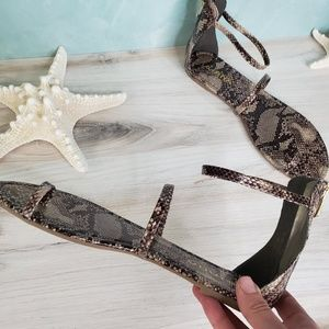 NEW Liliana Snake Gladiator Sandal